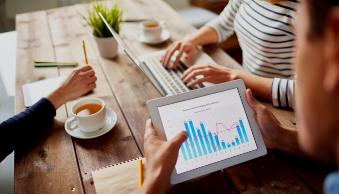 What is the role of a business analyst?